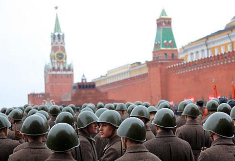 Rus tankları Kızıl Meydan'da! galerisi resim 10