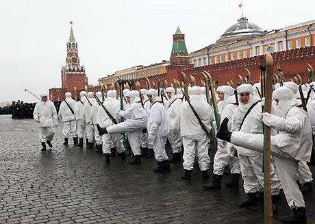 Rus tankları Kızıl Meydan'da! galerisi resim 12