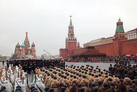 Rus tankları Kızıl Meydan'da! galerisi resim 9