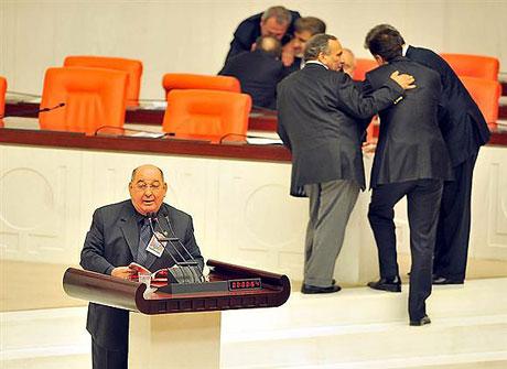 Meclis'te 'açılım' kavgası! galerisi resim 13
