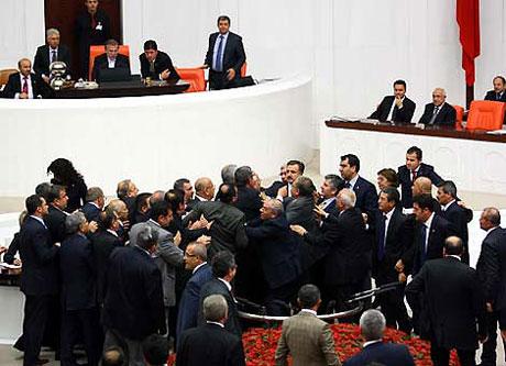 Meclis'te 'açılım' kavgası! galerisi resim 3