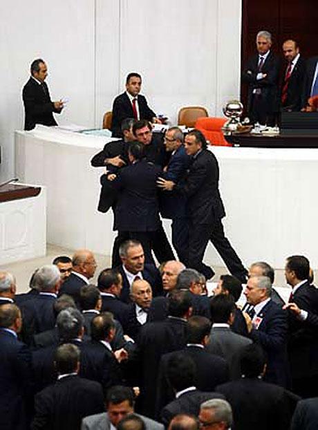 Meclis'te 'açılım' kavgası! galerisi resim 7