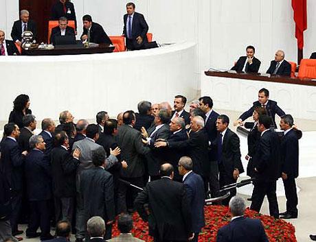 Meclis'te 'açılım' kavgası! galerisi resim 9