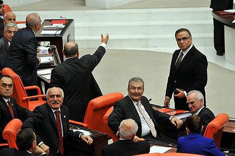 Meclis'teki tarihi günün fotoğrafları! galerisi resim 35