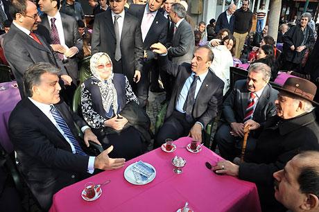 Cumhurbaşkanı halkla çay içti! galerisi resim 12
