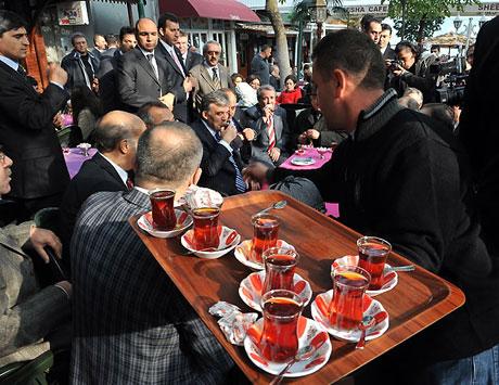 Cumhurbaşkanı halkla çay içti! galerisi resim 15