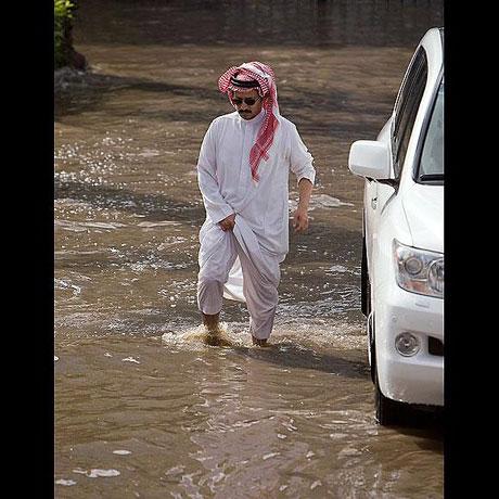 Suudi Arabistan sular altında: 77 ölü galerisi resim 5