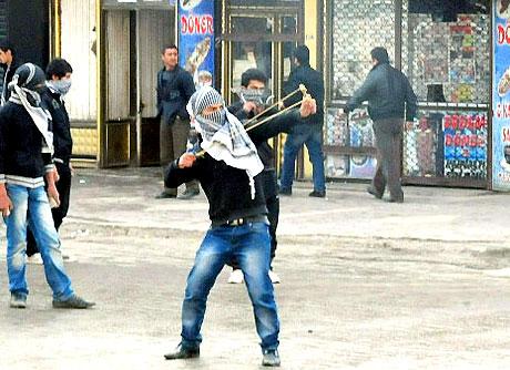 PKK'nın kuruluş gününde olaylar çıktı galerisi resim 17