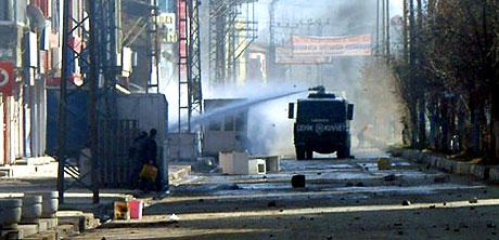 PKK'nın kuruluş gününde olaylar çıktı galerisi resim 35