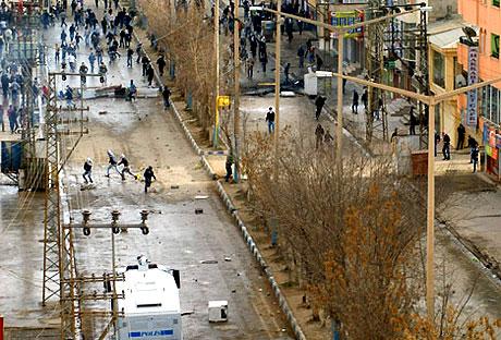 PKK'nın kuruluş gününde olaylar çıktı galerisi resim 40