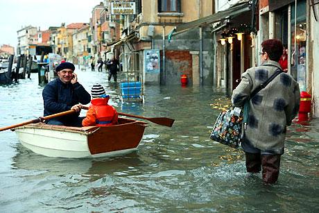 Venedik yine sular altında kaldı! galerisi resim 18