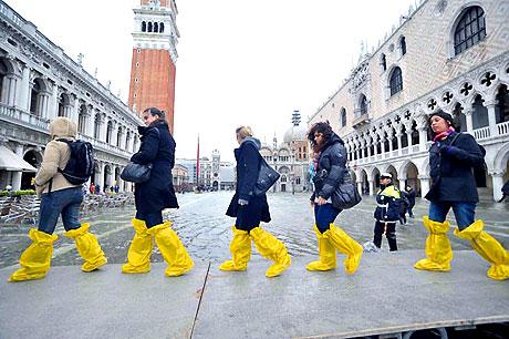 Venedik yine sular altında kaldı! galerisi resim 23
