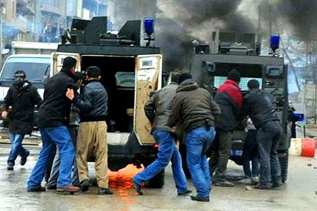 Diyarbakır Karıştı 1 Öğrenci Öldü galerisi resim 20