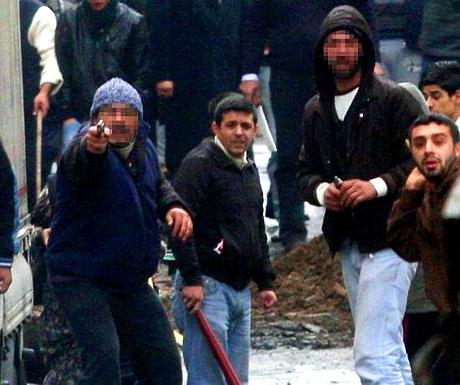 İstanbul'da silahlar çekildi! galerisi resim 10