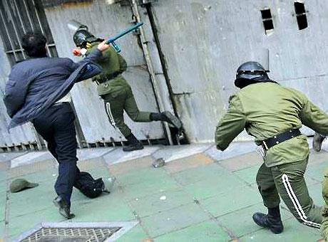 İran yine kırmızı: Gösteriler durmuyor! galerisi resim 28