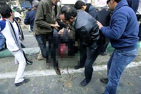 İran yine kırmızı: Gösteriler durmuyor! galerisi resim 9