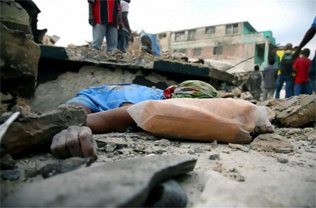 Haiti'de ölü sayısı 100 binleri bulabilir! galerisi resim 12
