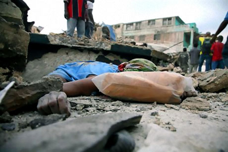 Haiti'de ölü sayısı 100 binleri bulabilir! galerisi resim 23