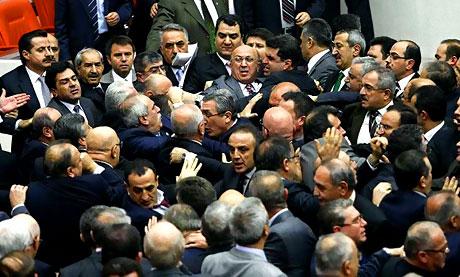 Peygambere hakaret meclisi karıştırdı galerisi resim 1
