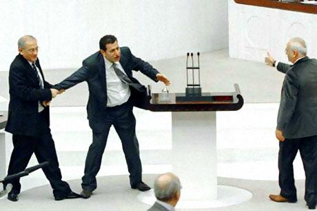Peygambere hakaret meclisi karıştırdı galerisi resim 25