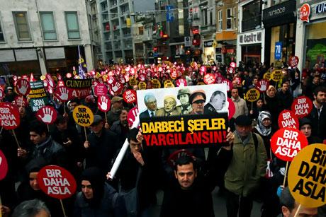 Meydanlarda 28 Şubat protestosu galerisi resim 3