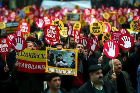 Meydanlarda 28 Şubat protestosu galerisi resim 6