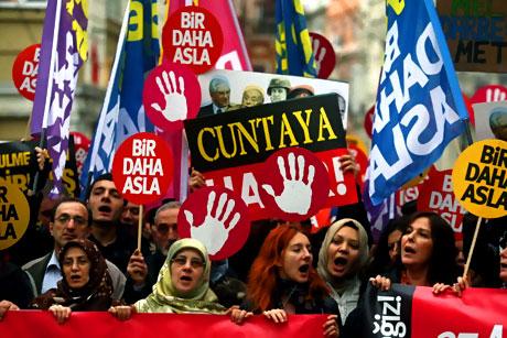 Meydanlarda 28 Şubat protestosu galerisi resim 9