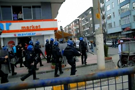 Diyarbakır Bursa maçında olaylar çıktı! galerisi resim 10