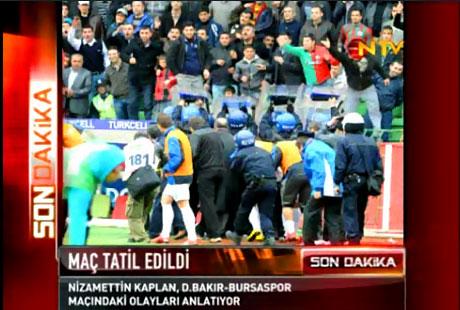 Diyarbakır Bursa maçında olaylar çıktı! galerisi resim 15