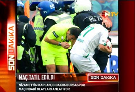 Diyarbakır Bursa maçında olaylar çıktı! galerisi resim 20