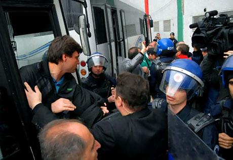 Diyarbakır Bursa maçında olaylar çıktı! galerisi resim 25