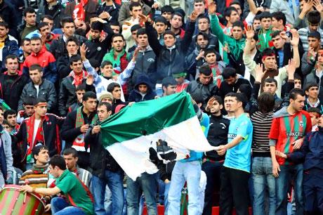 Diyarbakır Bursa maçında olaylar çıktı! galerisi resim 40