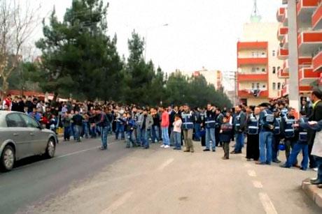 Diyarbakır Bursa maçında olaylar çıktı! galerisi resim 5