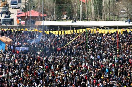 Yüksekova'da görkemli Newroz galerisi resim 14