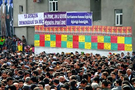 Yüksekova'da görkemli Newroz galerisi resim 20