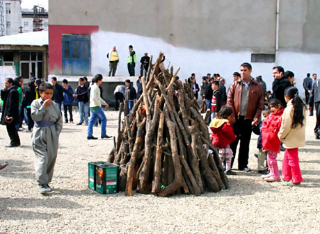 Yüksekova'da görkemli Newroz galerisi resim 21