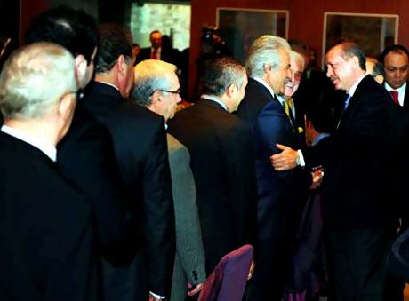 Erdoğan sanatçılarla açılımı konuştu galerisi resim 47