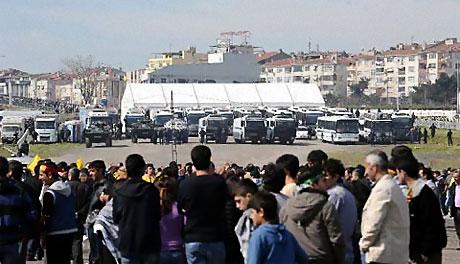 Diyarbakır'da Newroz ateşi yakıldı galerisi resim 45