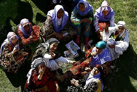 Diyarbakır'da Newroz ateşi yakıldı galerisi resim 52