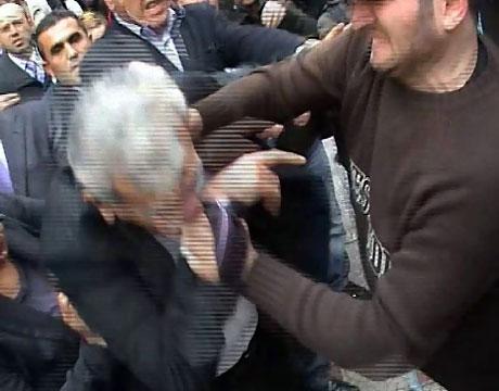 Ahmet Türk'e ırkçı saldırı galerisi resim 16