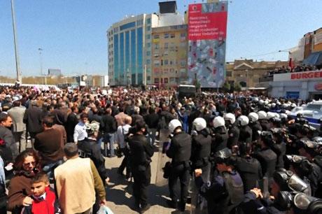 Taksim'de Binler Türk'e Saldırıyı kınadı galerisi resim 11