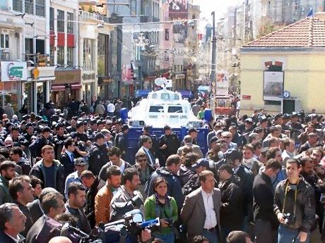 Taksim'de Binler Türk'e Saldırıyı kınadı galerisi resim 17