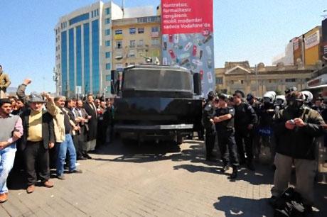Taksim'de Binler Türk'e Saldırıyı kınadı galerisi resim 20