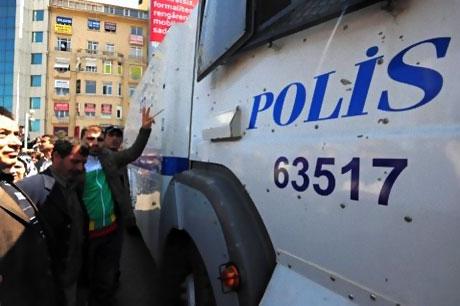 Taksim'de Binler Türk'e Saldırıyı kınadı galerisi resim 21