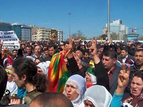 Taksim'de Binler Türk'e Saldırıyı kınadı galerisi resim 23