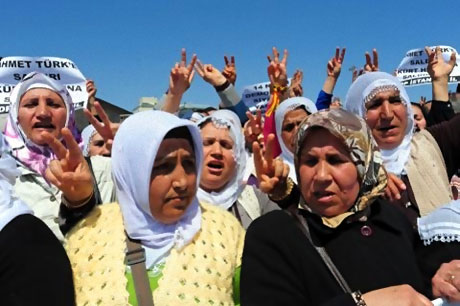 Taksim'de Binler Türk'e Saldırıyı kınadı galerisi resim 5