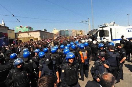 Taksim'de Binler Türk'e Saldırıyı kınadı galerisi resim 9