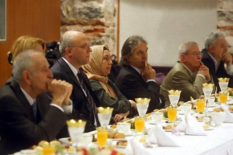 Başbakan yazarlarla açılımı konuştu galerisi resim 34