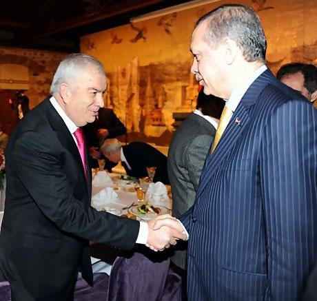 Başbakan yazarlarla açılımı konuştu galerisi resim 6