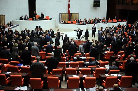 Mecliste 'Ülkede savaş yaşanıyor' tartışması! galerisi resim 9